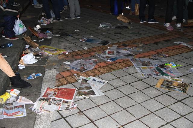 2013台北市跨年晚會垃圾-38-201301010038-賴鵬智攝