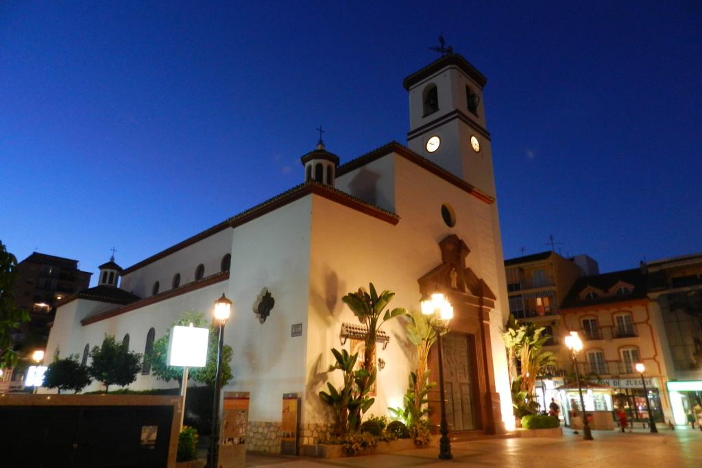 Iglesia de Nuestra Señora del Rosario Fuengirola Malaga 01