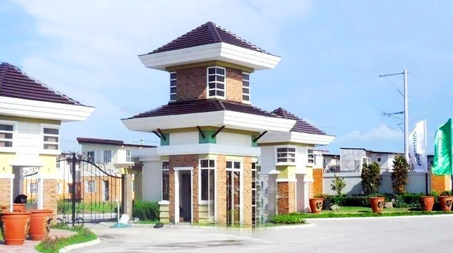 House and Lot for Sale in Imus Cavite near MOA at Lancaster Estates. Alexandra House Model Elegant Gates