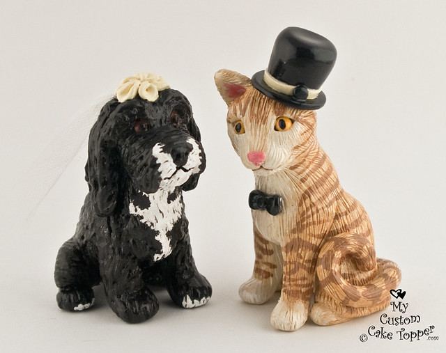 pet dog and cat portrait sculpture wedding cake topper