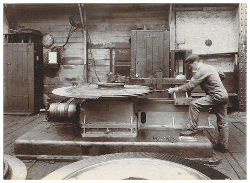 Wallsend Slipway: Worker operating a turbine blading machine