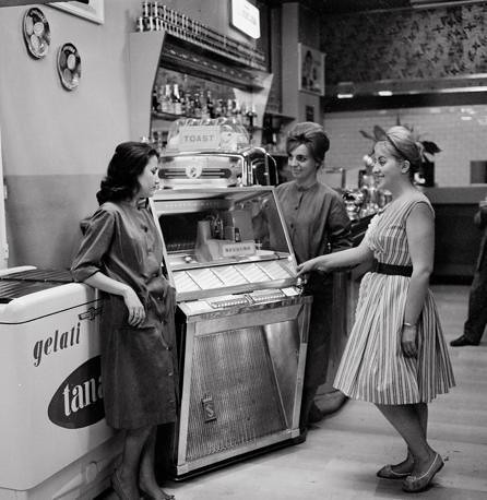 vintage people | Flickr - Photo Sharing!  Retro