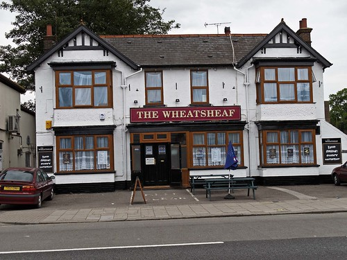Dunstable, Wheatsheaf