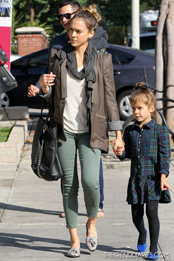 jessicaalba_november32012_3TrendDiaries
