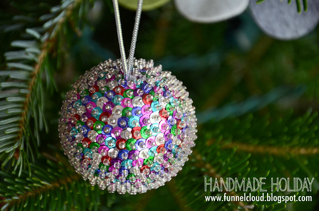 handmade holiday | sequin balls