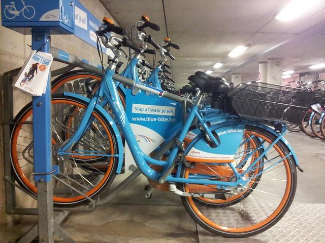 Een gewone blue-bike, niet-elektrisch