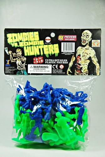 Zombie Toys R Us : Emce toys zombies vs zombie hunters army men style