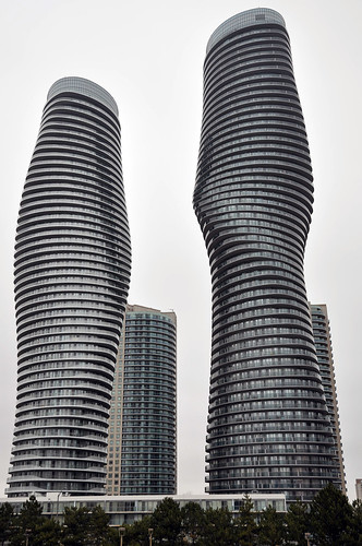 absolute world also known as the marilyn monroe towers