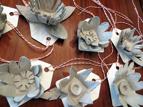 egg carton flower gift tags
