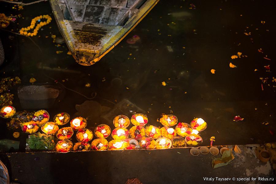 Candles on Ganga