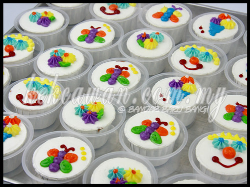 Doorgift Cupcakes for Kids