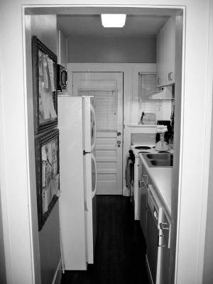 original little kitchenb&w