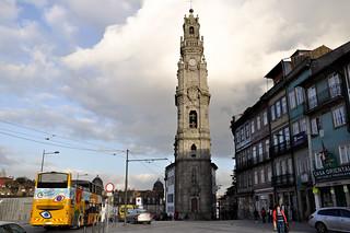 http://hojeconhecemos.blogspot.com/2013/01/do-torre-dos-clerigos-porto-portugal.html