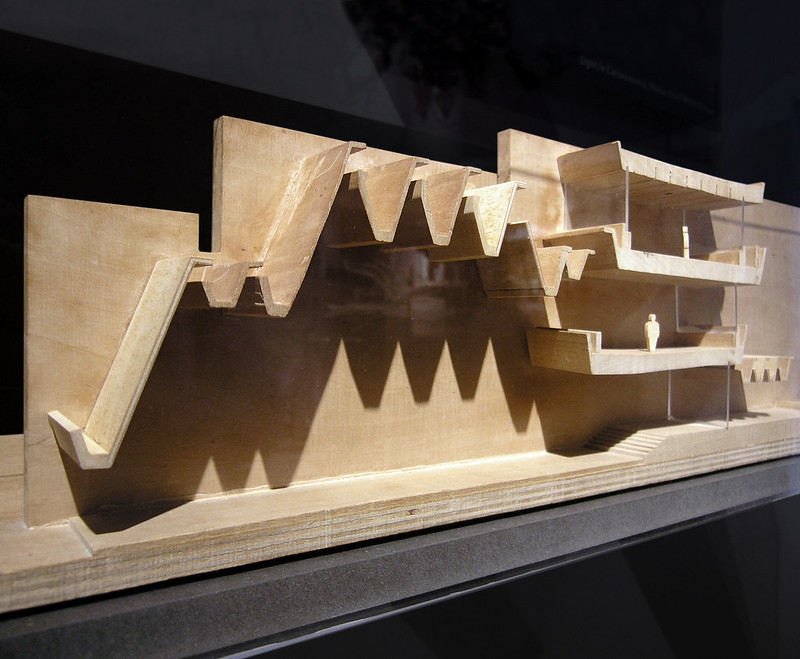 jørn utzon, bank melli, tehran, iran 1959-1962. model.