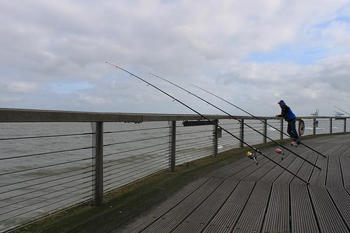 people fisching on Blankenberge pier