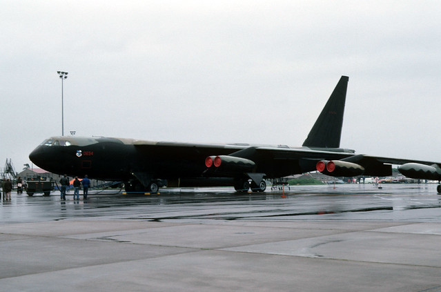 Boeing B-52D: 60694 RAF Mildenhall