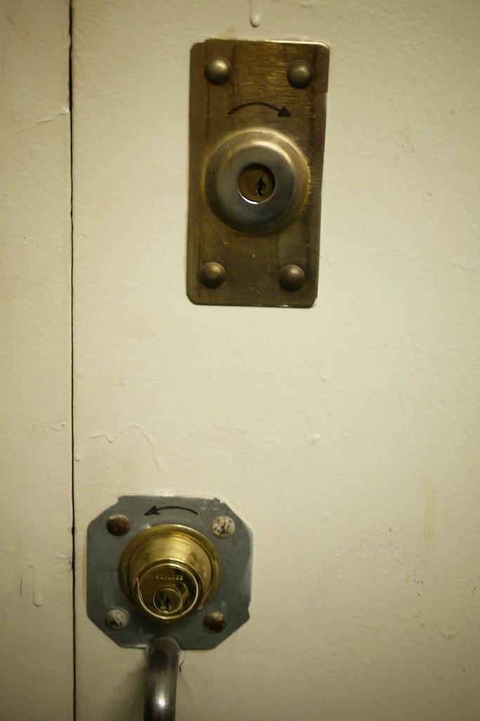 Lock signage