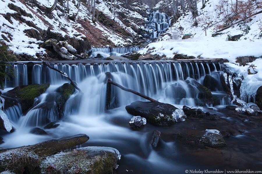 Картинки по запросу водопад шипот зимой