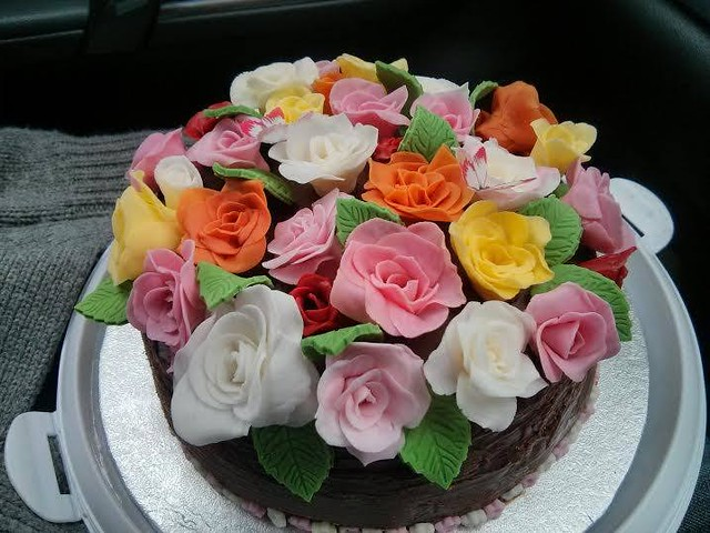 Cake by Maria of The Cakeville