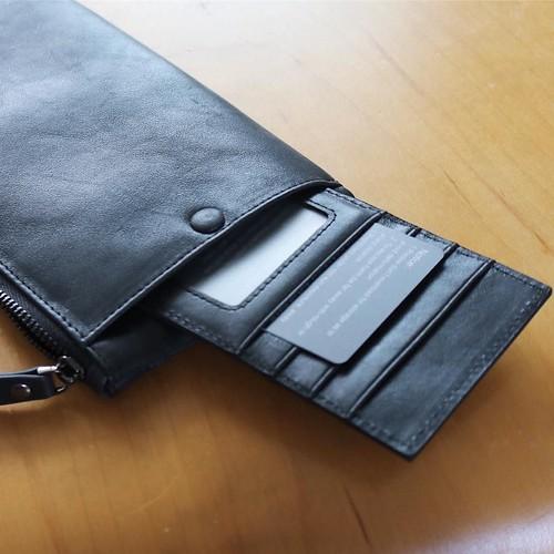 そんな牛革製長財布のご紹介。製品をご提供いただいて、レビューします。 http://amzn.to/2cG2OSc