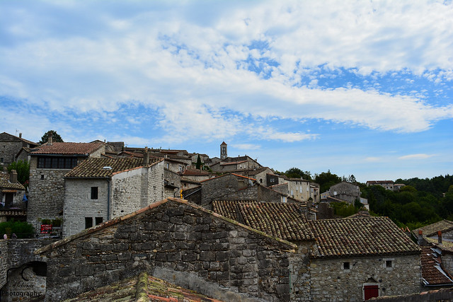 Sur les toits de Balazuc...