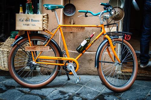 Vélo, rue de Rome