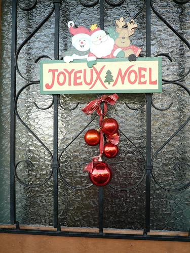 Joyeux Noel sign