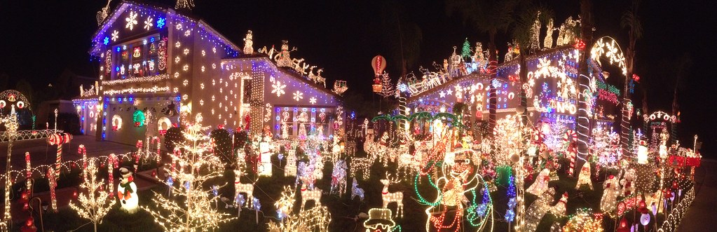 Panorama of Moreno Valley Christmas Light - a photo on Flickriver