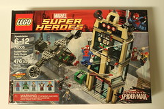 LEGO Marvel Super Heroes Spider-Man: Daily Bugle Showdown (76005)