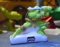 PRIME :: TORTUES NINJA  porcelain miniature prototypes xvi / LEONARDO - B (( 2009 ))