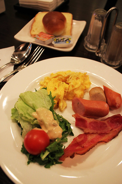 Fraser Place Central Seoul - Breakfast