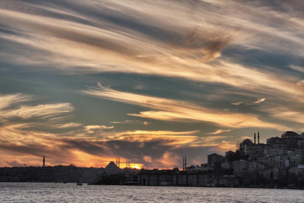Resultado de imagen de Jorge Gobbi Atardecer en Estambul