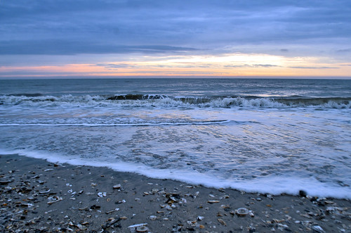 ocean shells seascape beach clouds sunrise coast break tide southcarolina wave atlantic jekaworldphotography jeffrosephotography