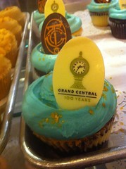 Magnolia Bakery celebrates 100 years of Grand Central Station with special cupcake by Rachel from Cupcakes Take the Cake