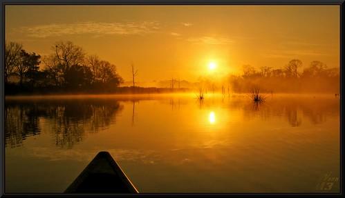 park mist reflection nature water sunrise golden glow texas ngc canoe bayou bow pasadena canoeing paddling bayareapark armandbayou flickrdiamond wanam3