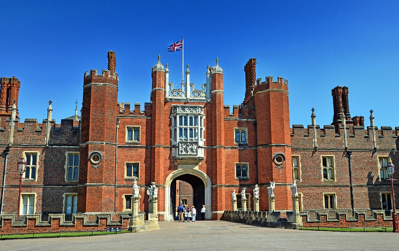 Hampton Court main entrance or 'Great Gate'. Credit Duncan Harris