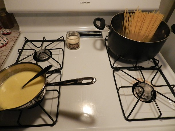 cooking linguini Alfredo (1)