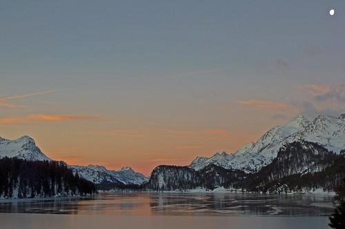 winter mountains ice sunrise schweiz switzerland suisse berge svizzera eis sonnenaufgang engadin oberengadin graubünden grisons upperengadine grigioni explored lakesils silsersee lejdasegl pwwinter pwpartlycloudy