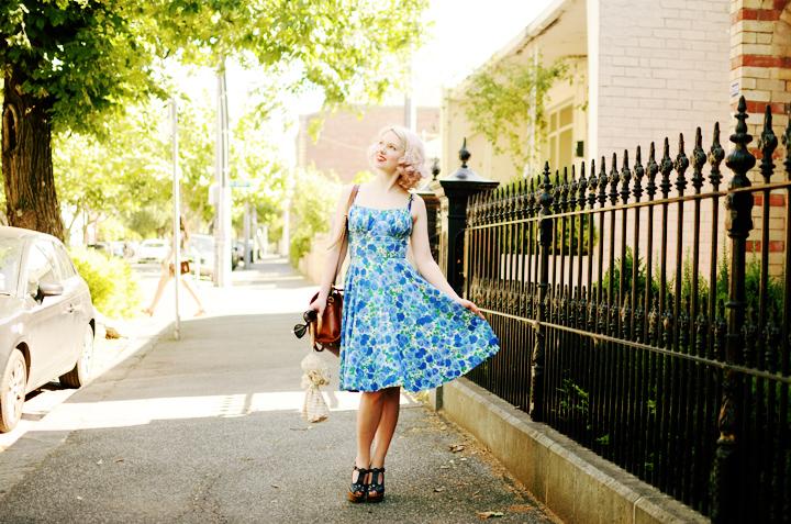 vintage blue floral dress b