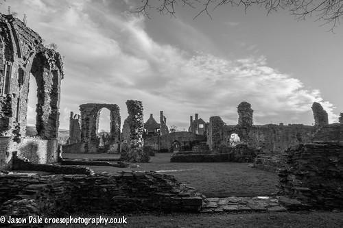 Black & White Neath Abbey