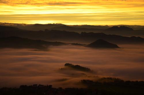 sunset panorama fog landscape tramonto sanmarino nebbia montefeltro valmarecchia tappetodinebbia