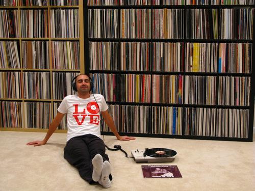 你的第一张唱片、磁带或CD