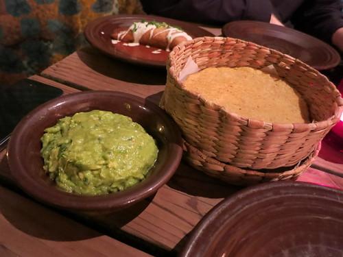 Gracias Madre - Guacamole con Tortillas