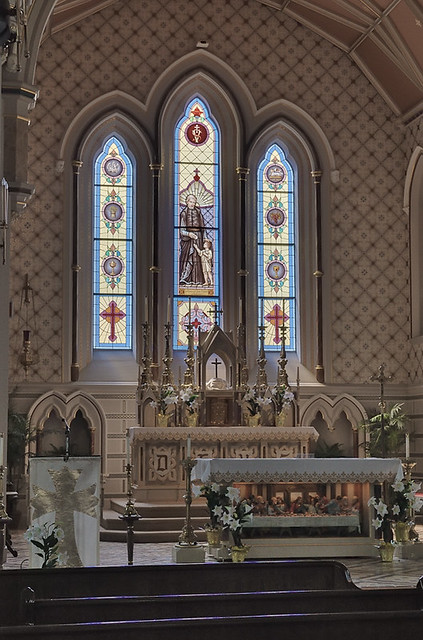 Old Saint Vincent Catholic Church, in Cape Girardeau, Missouri, USA - sanctuary