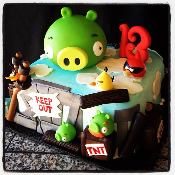 Pin Tnt Angry Birds Cake By Gellyscakes Via Flickr