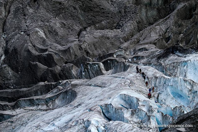 Traffic jam - Franz Josef Glacier, New Zealand