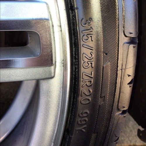 Anyone Running 285 30 20 Tires In Rear Of W211 E55