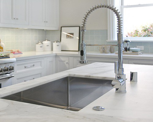 7 Ultramodern Kitchen Faucet and Sink Design Ideas