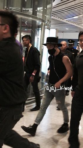 Tae Yang - Malaysia Airport - 06feb2015 - QjQj_Kwon - 01
