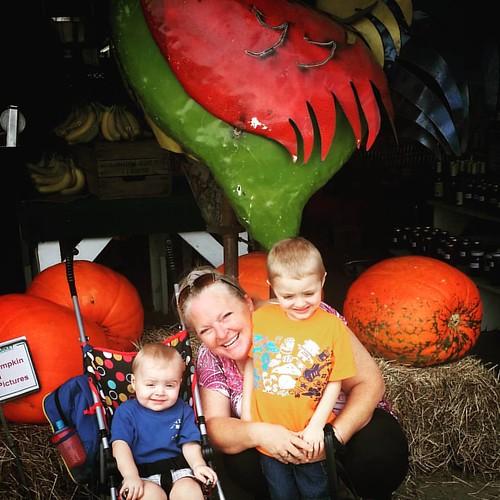 Fun family day at Burris Farmers Market  #familyfun #family #familyfunday #grandson #birthday #farmersmarket #burrisfarmmarket #lovemylife #country #grandbabiesarethebest #grandbabies #lovemykids